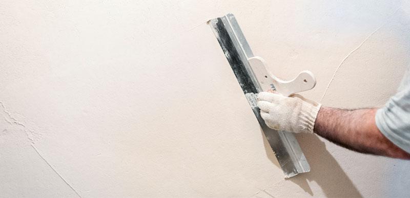 Особенности шпаклевания поверхности стен