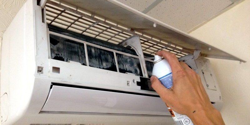 Как удалить неприятный запах из кондиционера